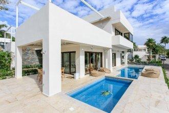 Oceanfront Exclusive Home