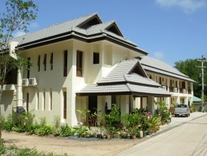 Apartment With one Bedroom in Ko Samui District, With Pool Access, Fur