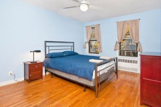 Cozy 2 BR on Upper East Side