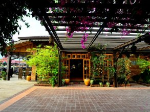 The Manor Hotel Lake Front by Phyu Zin Group of Hotels