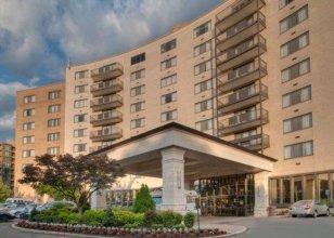 Arlington Court Suites, a Clarion Collection Hotel