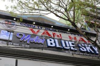 Bluesky Homestay - Hue City