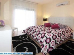 Les Sirenes Apartments