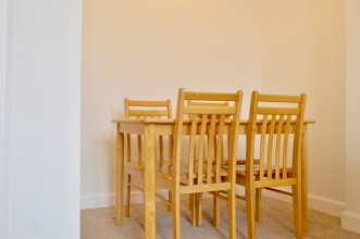 Bright And Spacious 2 Bedroom Flat Near Leith Shore