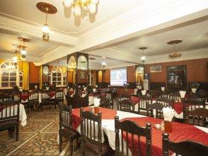 OYO 217 Shiva Tirupati Hotel