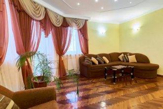 Апартаменты Home-Hotel, ул. Спасская, 25-17
