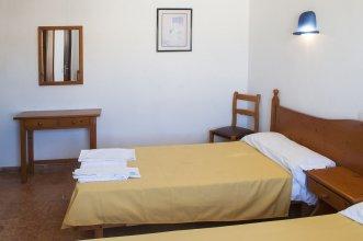 Louty Casa Esteva Hostel