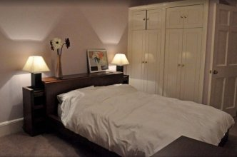 2 bed flat in heart of Festival