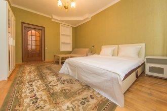 Apartment On Pyatnitskaya