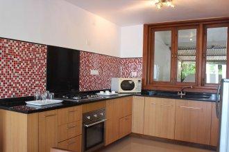OYO Home 9869 3BHK Dona Paula Beach