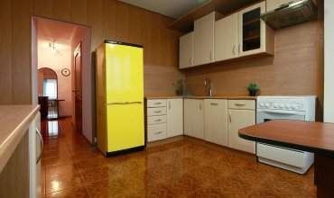 At Krasnaya Presnya 3-Rooms Apartments
