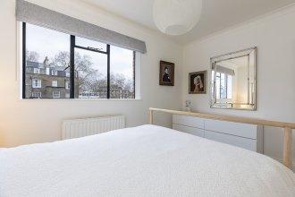 Modern 2br Flat Minutes From Kensington Gardens