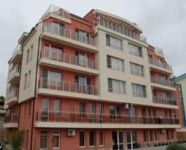 Topalov Guest House West