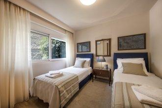 Two Bedroom apt 2' to Acropolis museum by VillaRentalsgr