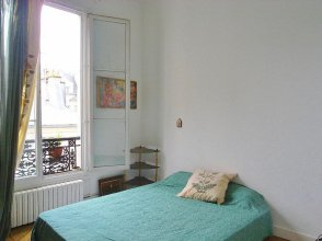 3-Bedroom Apartment in the City Center