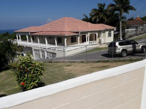 Rose View Apartment Montego Bay