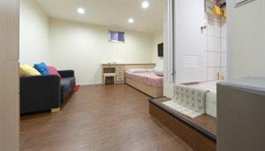 Have Fun Suite & Budget Hostel