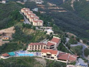 Chateau Linza Resort