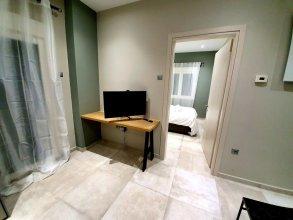 Cosmopolitan Apartments Nilie Suites & Aprts