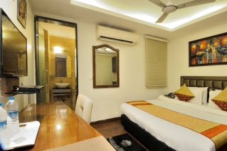 Check In Room Chuna Mandi