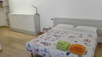 Cacita Guest House - Torino - Studio 2
