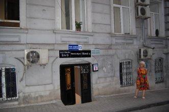 Chacha & Wine Hostel