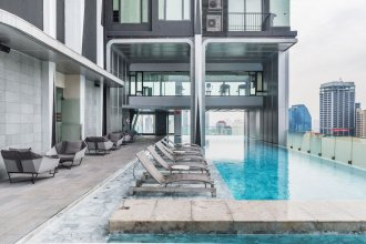 Modernism Asoke By Favstay