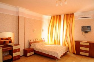 Hotel Naberzhnyi
