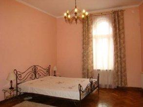 Lviv's Prospekt Shevchenka apartments