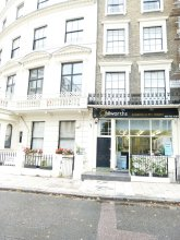 SS Property Hub - Large apartment near Hyde Park