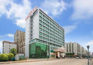 Vienna Hotel Shenzhen Longhua Bus Station