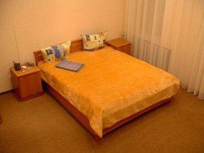Апартаменты UKR Apartments