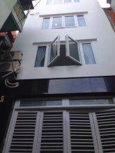 Smiley Apartment 9