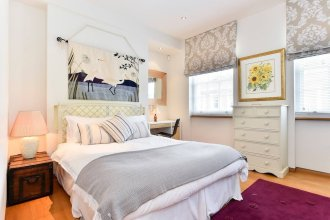 Elegant 3 bed apt With Rooftop Terrace in Pimlico