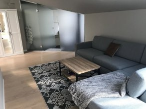 2ndhomes Kluuvi 2BR penthouse with balcony and sauna
