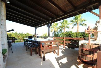 Stella Marina, Luxe Pool Home