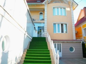 Mini-gloria Hotel Chisinau