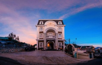 Minh Chien Hotel