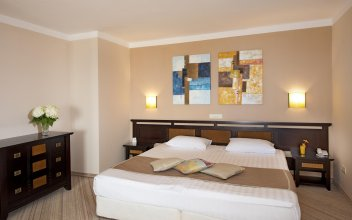 Club Hotel Miramar - Все включено