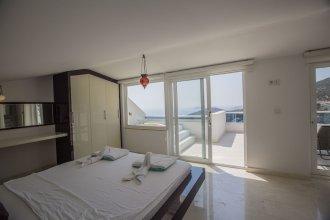 Villa Motion 2 by Akdenizvillam