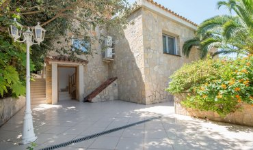 Holiday house close to Port Aventura TH01