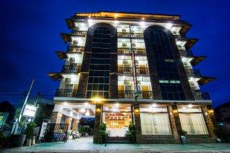 Royal Inlay Hotel