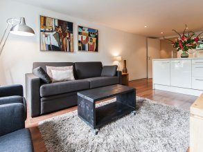 Rembrandtplein Apartment Suites