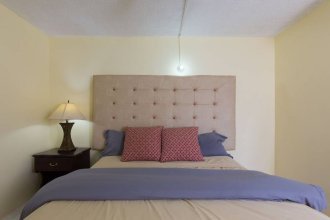 Kgn Most Centrally Located One Bdrm II