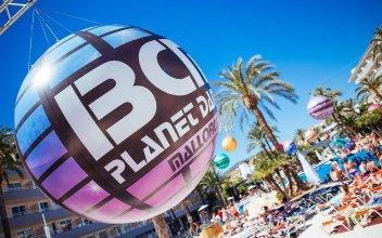Club B Mallorca - Adults Only