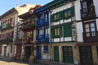 Apartment With one Bedroom in Hondarribia, With Wonderful Mountain View and Wifi - 1 km From the Beach