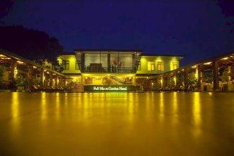 Full Moon Garden Hotel