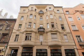 Akacfa 18 Apartment