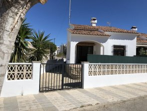 House With 3 Bedrooms in Oliva, With Furnished Terrace - 300 m From the Beach