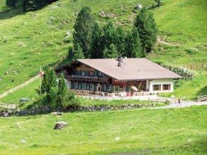 Berggasthaus Höllensteinhütte
